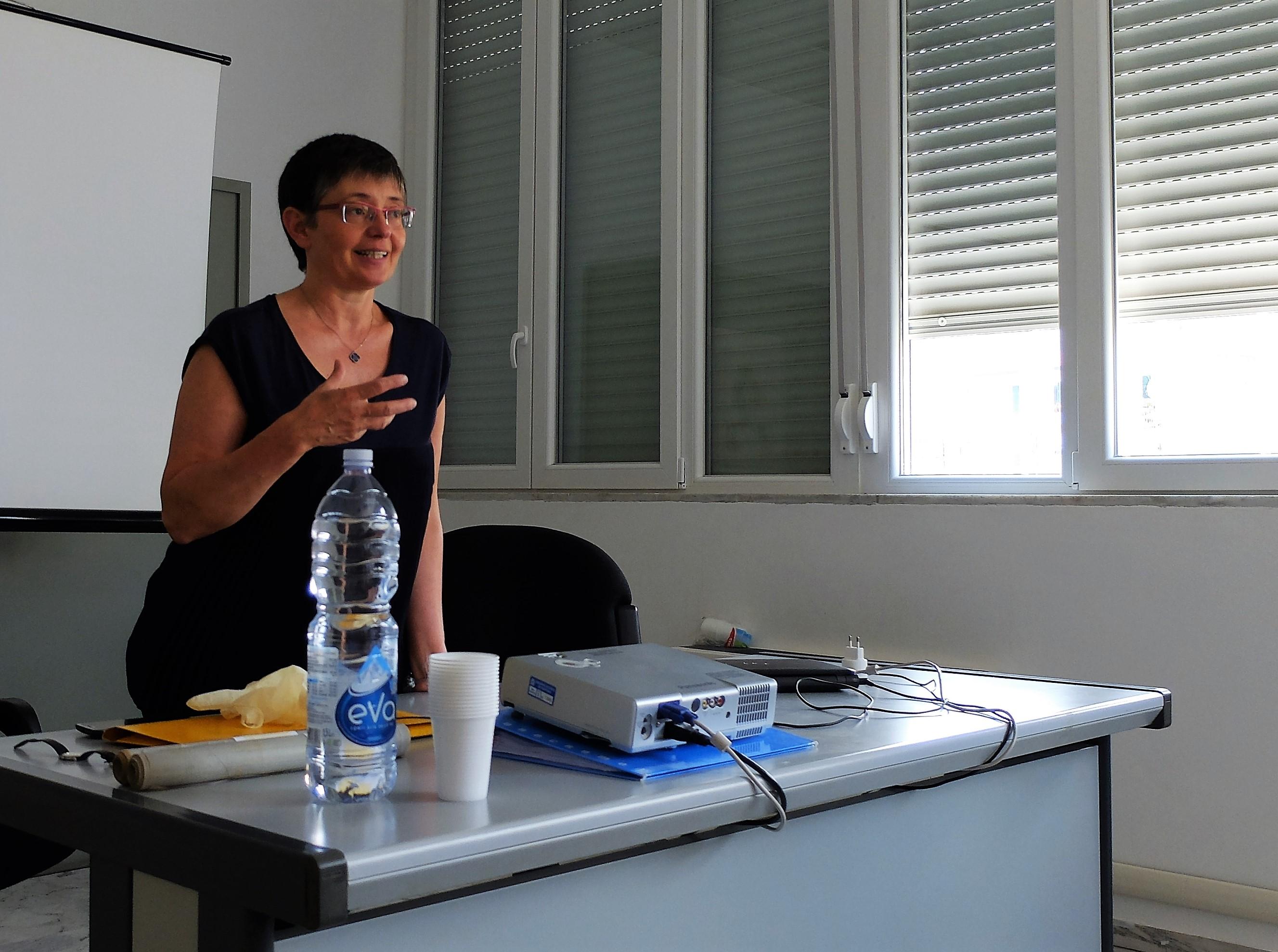 Francesca Imperiale, Dirigente della Soprintendenza archivistica e bibliografica della Liguria - Direttore ad interim dell'Archivio di Stato di Genova