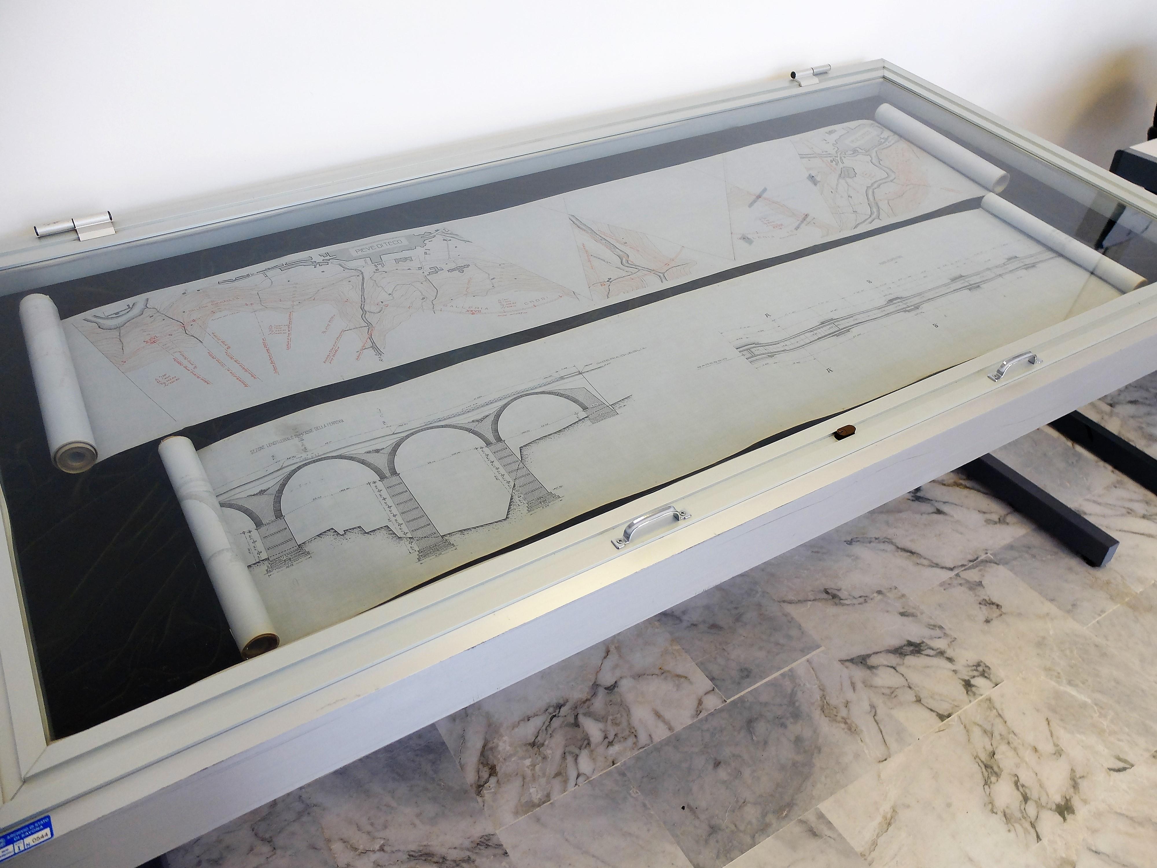 Il fondo Nuove Costruzioni Ferroviarie, in fase di riordino a cura di Lorenzana Bracciotti. Due disegni relativi alla progettazione della linea Imperia-Garessio (mai costruita